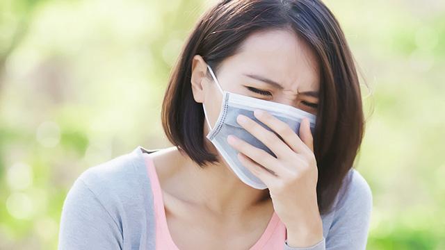 鼻づまりがいつまでも続く! 慢性鼻炎の症状・原因・治療方法